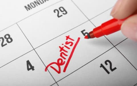 Schedule a Dental Check-Up as Your New Year's Resolution