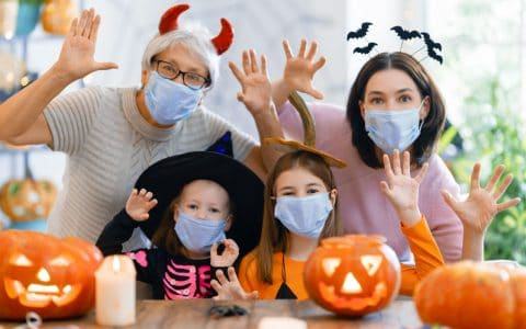 How to Protect Your Child's Teeth on Halloween